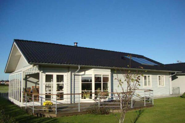07-Blockhaus-Henne-111-m2-001