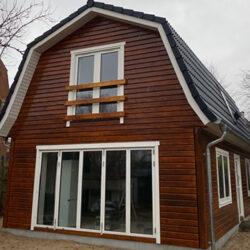 Haus-mit-Mansardendach-016